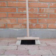 Zmeták, portviš drevený 30 cm s násadou 140 cm