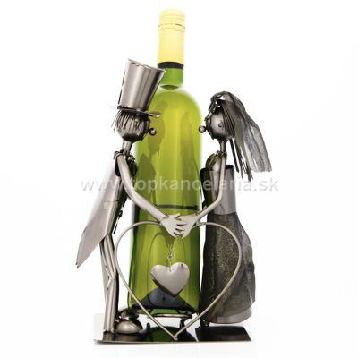 99147 Kovový stojan na víno, motív novomanželia